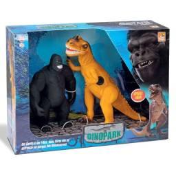 Dinossauro T-rex Com Som Vs Gorila King Kong - Bee Toys -