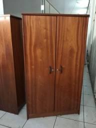 Armario madeira escritório