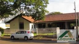 Casa com 4 quartos - Bairro Centro em Campo Mourão