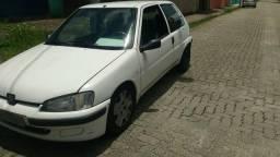 Carro barato (Peugeot 106) - 2000
