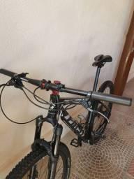 Vendo ou troco Bicicleta aro 29 First único dono 4 meses de uso