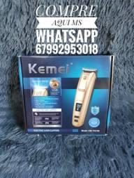 Máquina de cortar cabelo Kemei km-pg102.(nova)