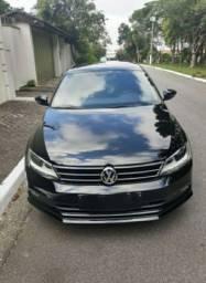 Volkswagen Jetta 2.0 top com teto