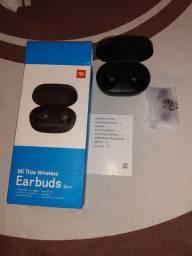 Fone de ouvido bluetooth Earbuds.