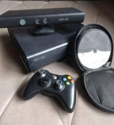 Xbox 360 S CONSOLE (DESBLOQUEADO)