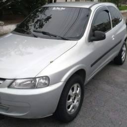 Título do anúncio: GM Chevrolet celta 2001 aceito trocas carro moto