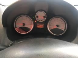 Peugeot 207 xrs 1.4 2011