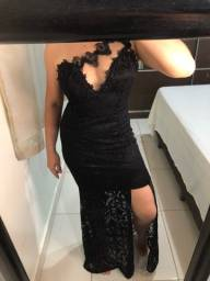 Vestido longo preto com renda