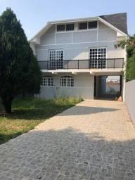 Título do anúncio: Sobrado com 5 dormitórios para alugar - Bairro Alto - Curitiba