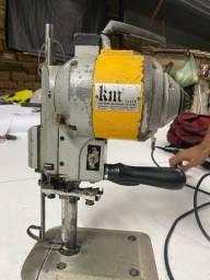Máquina corta tecido