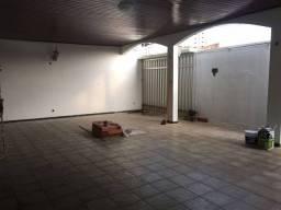 Título do anúncio: Casa possui 230 metros quadrados com 3 quartos em Imbiribeira - Recife - Pernambuco