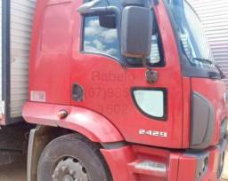 ford cargo 2429 E 6x2 Turbo 2013