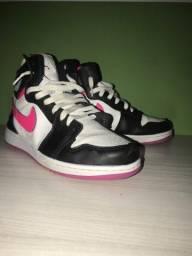 Título do anúncio: Tênis Nike Air jordan
