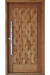 Título do anúncio: Portas maciças de madeira