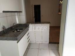 Apartamento para alugar com 3 dormitórios em Santa monica, Uberlandia cod:861280