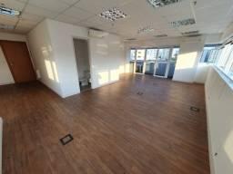 Título do anúncio: Sala/Conjunto para venda possui 57 metros quadrados em Vila Belmiro - Santos - SP