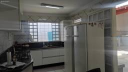Título do anúncio: Casa para Venda em Goiânia, Vila Alvorada, 4 dormitórios, 2 suítes, 3 banheiros, 4 vagas