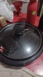 Frigideira elétrica pouco usada