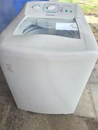 Título do anúncio: Vendo máquina de lavar Electrolux 12kg