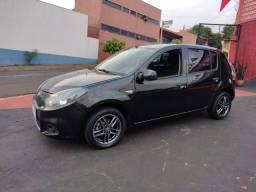 Título do anúncio: Renault Sandero Expression 1.6 Preto