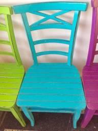 Cadeiras Madeira Maciça - Demolição - Varginha MG