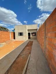 Título do anúncio: Casa à venda no bairro Goiás (Parte Alta) - Araguari/MG