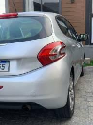 Título do anúncio: Peugeot 208 Allure - Facilito financiamento