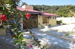 Título do anúncio: Casa  ampla 50 metros mar Porto Belo 05 quartos  Churrasqueira