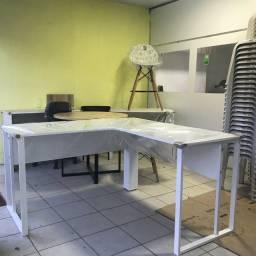 Mesa em L estilo industrial * Escrivaninha