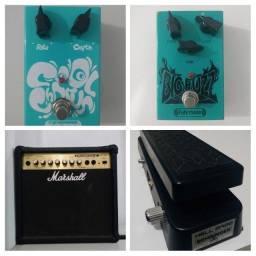Título do anúncio: Pedais e amplificador p/ guitarra