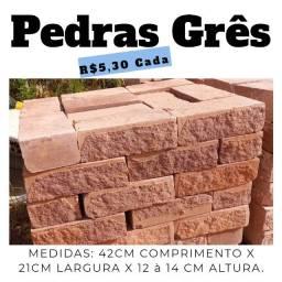 Pedra Grês (12 A 14cm espessura) R$5,30 Cada