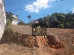 Excelente terreno à venda no Jardim Califórnia, Barueri. Com 1.900 m² e ótima localização!