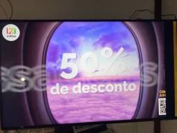 Tv 65 led smart com detalhe