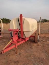 Título do anúncio: Pulverizador FMC Bandeirante, 3000 litros