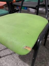Título do anúncio: Oferta! Cadeira Fixa (Sem Rodinha) Verde com Avaria