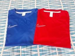 Título do anúncio: 2 Camisas Nike Dry Fit (G)