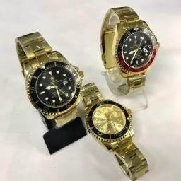 Relógio masculino disponível