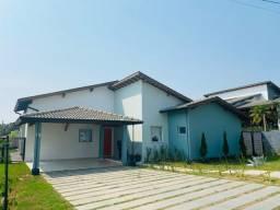 Título do anúncio: Casa de Arquiteto! Novíssima e Linda!
