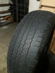 Pneus Bridgestone 265/65 R17 112S