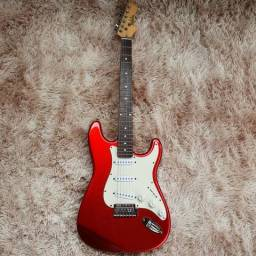 Guitarra strato dolohin vermelha