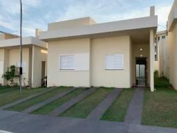 Alugo casa no Condomínio Villagio Ilda Rissato