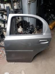 Porta traseira esquerda Toyota Etios Hatch 2014