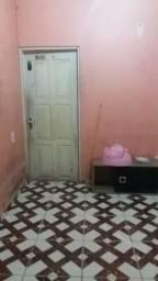 Vendo casa no bairro Perpétuo Socorro medindo 10x 30