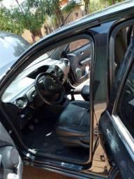carro Etio