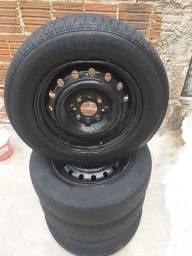 Jogo de rodas com pneus 13