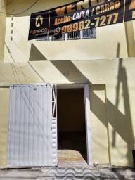 Alugo Casa Farol R$ 2.500/ 1° andar