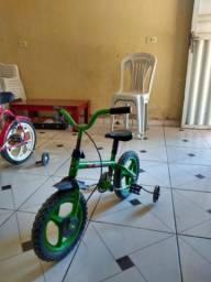 Vendo 2 bicicletas infantis