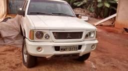 L 200 Mitsubishi - 2006