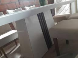 Mesa de madeira com base de vidro + 8 cadeiras