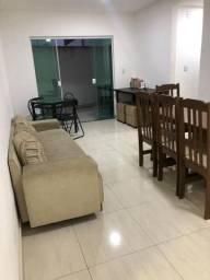 Apartamento 2 qtos térreo mobiliado com área externa próximo ao centro